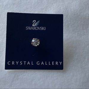 Swarovski Crystal Stud Pin Brooch NEW